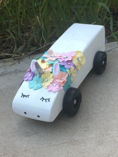 Trendy Pinewood Derby Cars Ideas Unicorn The Effective Pictures We Offer You About cars A quality picture can tell you many things. You can find t Awana Grand Prix Car Ideas, Unicorn Car, Racing Car Design, Pinewood Derby Cars, British Grand Prix, Pontiac Cars, Singapore Grand Prix, 1 Tattoo, Toys