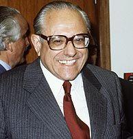 Manuel Ballester Boix (1919-2005), químico español. Premio Príncipe de Asturias de Investigación científica y técnica, 1982.