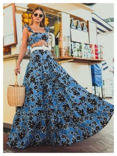 Street Snap, Summer Outfits, Stylish, Celebrities, Maxi Skirts, Maxi Dresses, Vintage, Design, Sim