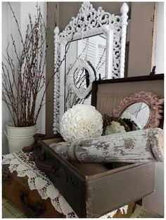 Those who are looking for shabby chic aesthetics for their home have landed at the right place for we are featuring some of the best cozy shabby chic furni