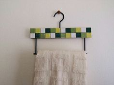 Towel hanger
