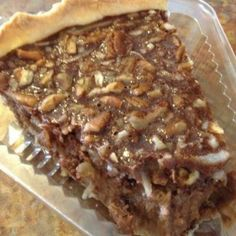 Chocolate Coconut Pecan Pie - Amish Recipes Oasis Newsfeatures:::got one at Publix market USA Just Desserts, Delicious Desserts, Yummy Food, Pie Dessert, Dessert Recipes, Cupcake Cakes, Cupcakes, Coconut Pecan, Chocolate Coconut Pie Recipe