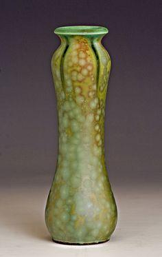 Vase - Samantha Henneke by Bulldog Pottery, via Flickr