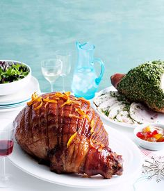 Australian Gourmet Traveller Christmas recipe for golden ale and honey-glazed easy-carve ham. Unfortunately, we won't have the pool in the back ground - next year! Christmas Ham Recipes, Holiday Recipes, Xmas Ham, Thanksgiving Recipes, Ham Glaze, Honey Glaze, Pork Recipes, Cooking Recipes, Recipies
