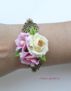 Flower charm bracelet   Anemone jewelry  Light by insoujewelry