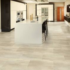 Browse our gallery of kitchen floor tiles that suit any decor style. Get inspiration for your kitchen floor with a range of luxury vinyl tiles & borders energized by natural wood and stone design. Kardean Flooring, Karndean Design Flooring, Luxury Vinyl Flooring, Luxury Vinyl Tile, Luxury Vinyl Plank, Living Room Flooring, Stone Flooring, Kitchen Flooring, Flooring Ideas
