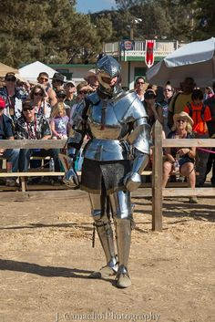Jouster Toby Capwell in his Italian field armour, c. 1465 (photo by J Camacho Photography) The Jousting Life