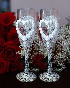 Wedding toasting glasses hand decorated with an by WeddingbyAnn