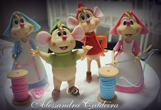W Fine Porcelain China Diane Japan Info: 4523464730 Fondant Figures, Polymer Clay Figures, Polymer Clay Dolls, Polymer Clay Creations, Clay Projects, Clay Crafts, Cinderella Mice, Cinderella Cakes, Cinderella Party