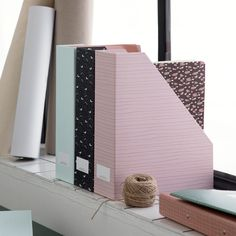 The sisters recommend that you store your important papers with style. Magazine holder with label, price per item DKK / EUR / ISK 718 / NOK / GBP / SEK