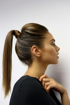 The trouser suit is key to your work wardrobe this season and we've got a super-sleek hairstyle to complete your look! As promised in our March issue (on shelf now) ELLE beauty ed Lynette Botha shows us how to get the sleek pony tail look with a step-by-step here! Step 1: If hair is freshly-washed, …