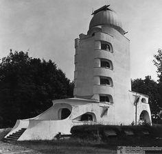 Resultado de imagen para einstein tower potsdam