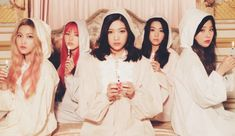 #RedVelvet, the second generation #kpop girl group made under #SMEntertainment or #SMTown, will make their #2017KpopComeback either later this month or early this coming month.