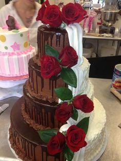 Half Wedding Cakes | Half and half wedding cake