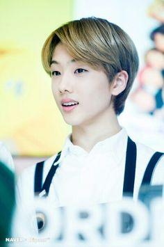Jisung (Nct Dream) #Jisung #Nct #NctDream #WhiteDay #Cute #Chocolate #Photo #Naver