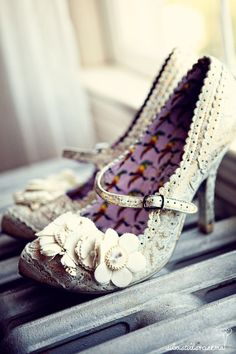 pretty white shoes for summer