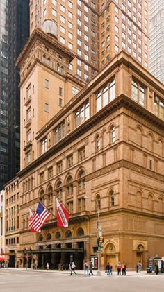Bucket List: see a performance at Carnegie Hall: Midtown Manhattan, New York. Designed by William Burnet Tuthill and built by Andrew Carnegie in Carnegie built most of his fortune in the steel industry. Carnegie Hall, Andrew Carnegie, Photographie New York, New York City, A New York Minute, Voyage New York, I Love Nyc, City That Never Sleeps, Concrete Jungle