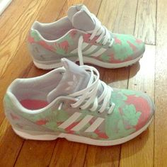 Zx flux adidas torsion women's size 8 US Brightly colored comfortable Women's sneaker great for an athlete wanting a comfy tennis shoe or a fashion freak looking for a nice color pop. Adidas Shoes Sneakers