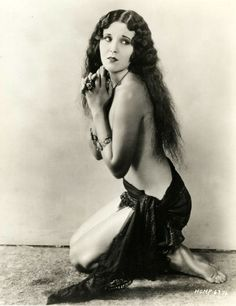 Raquel Torres and her beautiful hair, 1929