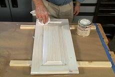 Pickling White Stain Alder Kitchen Cabinets