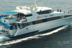 Bali Fun Ship is a 26 meters long fast catamaran with a capacity of 150 people. The cruise equipped with a Jacuzzi and a water slide from the top of ship into the water.  Bali Fun Ship departure from Benoa Harbour South of Bali, the boat crossing time approximately 40 minutes from Bali to Nusa Lembongan Island
