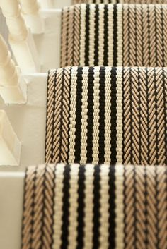 Elegant Painted Stair Runner For Amazing Home Interior - Onechitecture