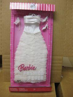 2007 Barbie Fashion Fever Fashions