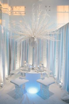 """Winter wonderland centerpiece- another """"hanging concept"""".. no blocking the convo... or passing of food ;)"""