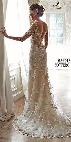 Лучшие романтические платья от Maggie Sottero: http://www.weddingforward.com/romantic-wedding-dresses-maggie-sottero/ #weddings