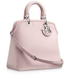1110cd544 53 melhores imagens de Bags | Beige tote bags, Fashion handbags e ...