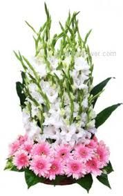 Image result for simple flower arrangements with roses