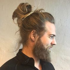 97 Amazing Man Bun Ideas for Man Bun Hairstyles which Will Turn A Lot Of Heads February, 10 Man Bun Haircut Styles for Men Man Buns & Manes, Man Bun Long Hairstyle with Textured Pieces, How to Get Style and Wear the Outstanding Man Bun. Man Bun Haircut, Ponytail Haircut, Bun Hairstyles For Long Hair, Undercut Hairstyles, Hairstyle Man, Man Bun Styles, Hair And Beard Styles, Long Hair Styles, Cool Haircuts