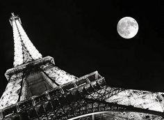 Paris.. saturday night under tower