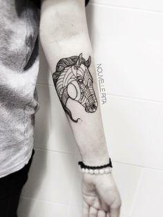 Pferde Tattoo für Menschen, die gern reiten