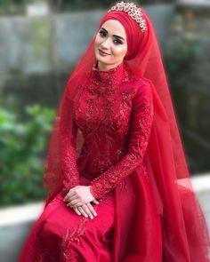 New Hair Cut Style, Cut And Style, Islamic Fashion, Fantasy Dress, Sewing Stitches, Muslim, Wedding Styles, Hair Cuts, Wedding Day
