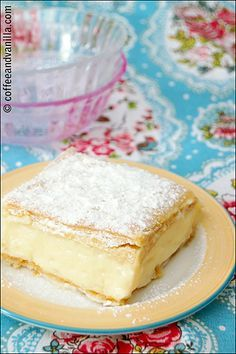 Napoleonka / Kremówka - Polish Custard Cream Pie - Coffee and Vanilla Polish Desserts, Polish Recipes, Pie Recipes, Just Desserts, Dessert Recipes, Cooking Recipes, Custard Desserts, Pie Dessert, Sweet Recipes