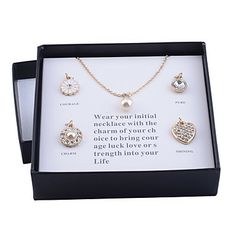 Lureme Gold Plated Pearl Pendant Necklace(5 pieces of Pendant per Set) – USD $ 9.99