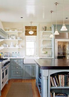 Love those cabinets!!!