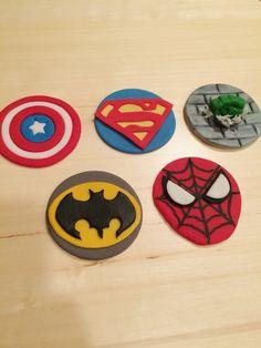 Superhero fondant cupcake toppers. Captain America, Superman, Hulk, Batman and Spider-Man.