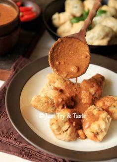 Just Try & Taste: Resep Batagor Daging Ayam dengan Saus Kacang yang ...