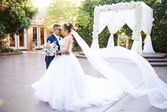 Venue: Garden Tuscana Reception Hall Location: Mesa, Arizona Photographer: Arizona Wedding Photographers