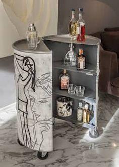 Custom & DIY Minibar Design Inspirations and Ideas for your Mancave Oil Barrel, Barrel Bar, Recycled Furniture, Diy Furniture, Barrel Projects, Interior Architecture, Interior Design, Barrel Furniture, Bar Art