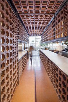 Gallery of Disfrutar Restaurant / El Equipo Creativo - 1
