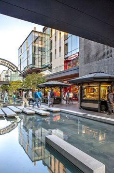 Centrally located along a stretch of a man-made canal running through the heart of Songdo International Business District (IBD), the North Canal Walk project...