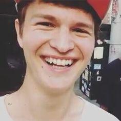 That smile Tfios, Divergent, Ansel Elgort, Man Crush Monday, I Love Him, Hot Guys, Dj, Dancer, Smile