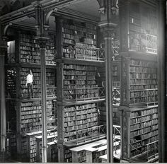 One of the large cast-iron book alcoves that lined the Main Hall. | 15 Gorgeous Photos Of The Old Cincinnati Library