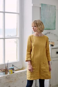 Oceanfront Tunic - Made from pure linen and garment-dyed for a rich, deep hue, our Oceanfront Tunic is perfect for relaxed summer days. Falling to mid-thigh, it has an easy-going boat neck, two patch pockets, 3/4 length sleeves and a pretty, little button placket at the back. The relaxed fit and slightly A-line shape means it will layer easily over long sleeves and slim-fit trousers or leggings when it's cooler. #seasaltcomfortandjoy