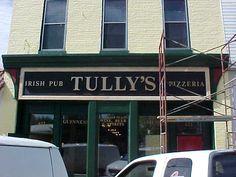 Tully Ireland   Tully's Irish Pub & Pizzaria Sign