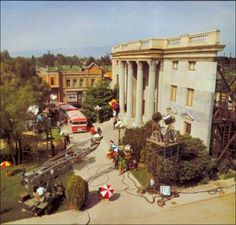 """""""Back to the Future"""" facade - many more photos at link"""