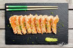 """La receta de tataki de salmón, es con la que empezamos, las recetas del """"Especial Navidad"""". Hoy ha nevado y se nota que la Navidad esta cerca, así que vamos manos a la obra, que ya tene…"""